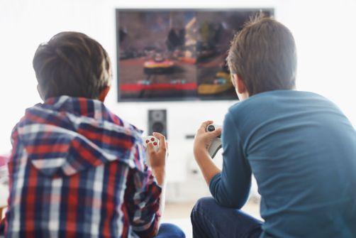 Une étude fait le lien entre temps passé devant l'écran et risque de surpoids chez les enfants