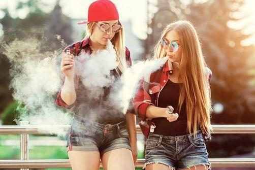 La cigarette électronique favoriserait les mycoses de la bouche