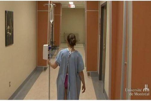 Les chemises d'hôpital protègent insuffisamment l'intimité des patients.