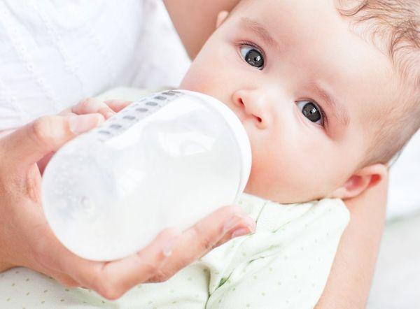quantite-lait-bébé