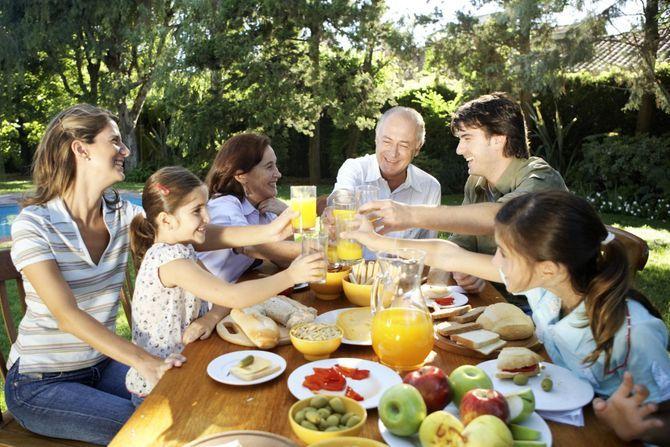 Vitamines et minéraux : nos besoins évoluent avec l'âge