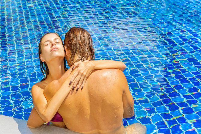 Pourquoi il faut éviter de faire l'amour dans l'eau