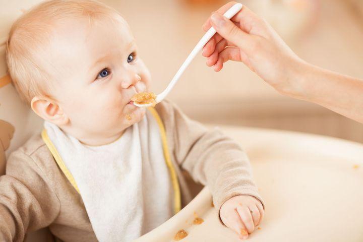 Que mange bébé à 5 mois ?