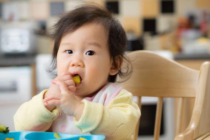 alimentation bébé 12 mois