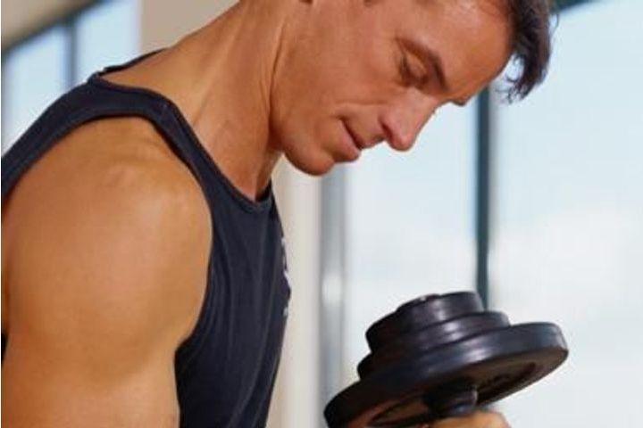 musculation des épaules homme