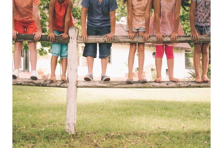 enfant-jambe-lourde
