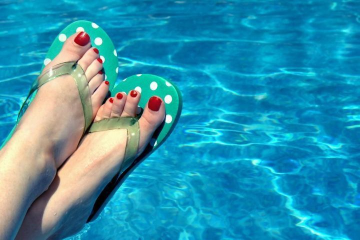 tongs-risques-pour-les-pieds