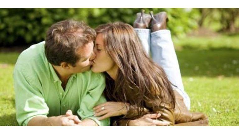 7916fb3f933fc Etes-vous sincère en amour   Le manque de sincérité dans le couple peut  créer des barrières qui finissent par isoler chacun de vous dans son propre  monde