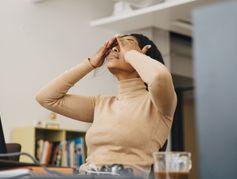 Confiance en soi : pourquoi les femmes peuvent en manquer au travail