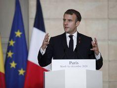 Phases de vaccination anti-covid, vacances au ski : les annonces d'Emmanuel Macron