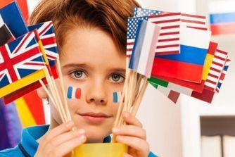 12 idées pour le familiariser aux langues étrangères