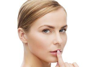 Bouton de fièvre : 10 remèdes naturels efficaces