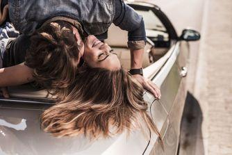 10 conseils pour faire l'amour en voiture