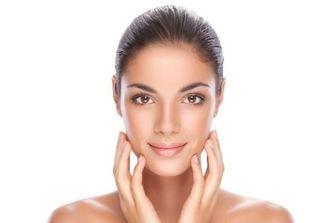 Sélection de soins anti-imperfections pour une peau canon