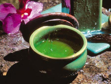 Réaliser des huiles massage maison