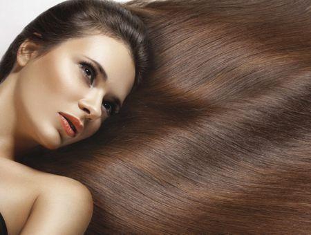 Brunes, blondes ou rousses, nuancez vos cheveux de reflets !