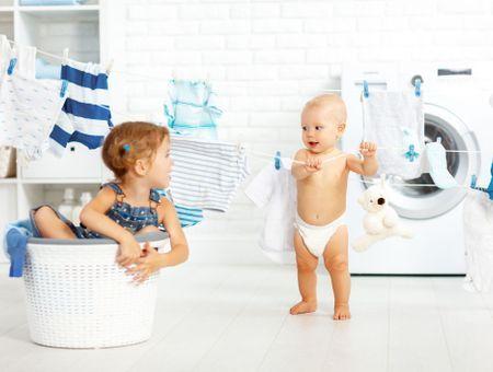 Comment nettoyer les vêtements de bébé ?