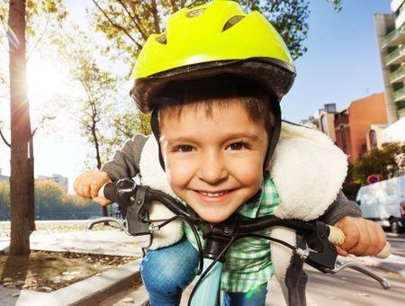 Les bons gestes à adopter pour les enfants à vélo