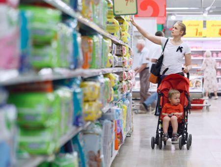 Les parents isolés peuvent signaler par mail les supermarchés qui refusent leurs enfants