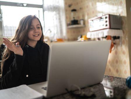 Deux tiers des enfants en âge scolaire privés d'internet
