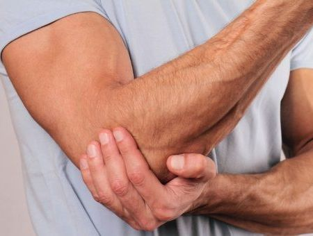 Tendinites et tendinopathies : causes, symptômes, traitements