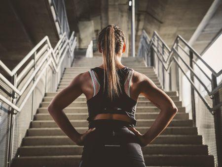 4 exercices faciles et rapides pour muscler son dos à la maison