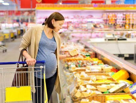 Quels fromages manger pendant la grossesse ?  Lesquels éviter ?