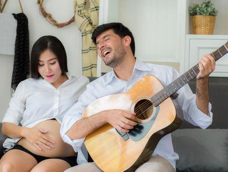 Se préparer à l'accouchement avec le chant prénatal
