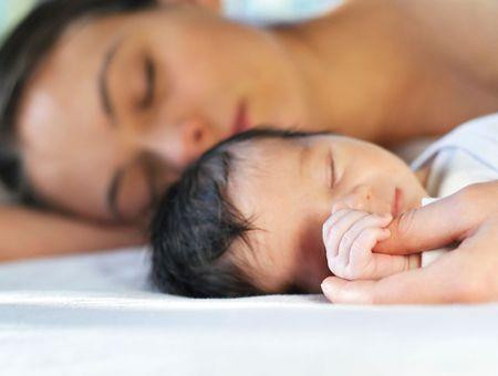 Jeunes mères recherchent sommeil désespérément