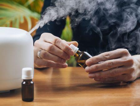 Utiliser les huiles essentielles sans danger : les précautions à prendre