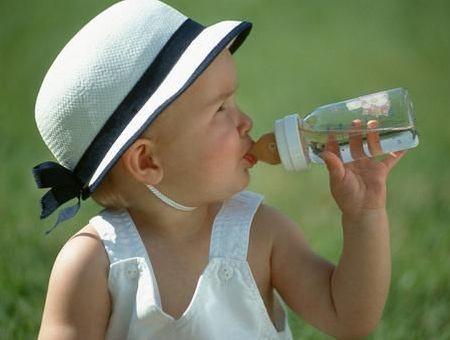 Nitrates NO3- et eau minérale