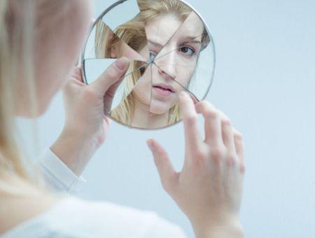 Auto-thérapie : peut-on être son propre psy ?