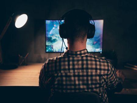 Cyberdépendance : que cache l'addiction à internet ?