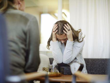 Tentative de suicide : Que faire si un proche a essayé de mettre fin à ses jours ?