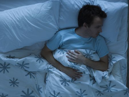Ronflements, apnée du sommeil légère : Quels traitements ?