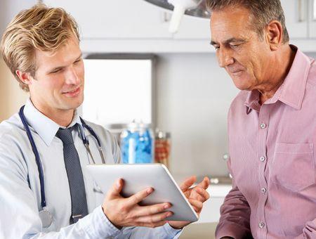 Cancer colorectal : le suivi post-opératoire améliore la survie