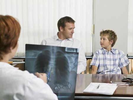 Comment mieux détecter le cancer du poumon ? - Interview du Dr Jérôme Viguier de l'Institut national du cancer