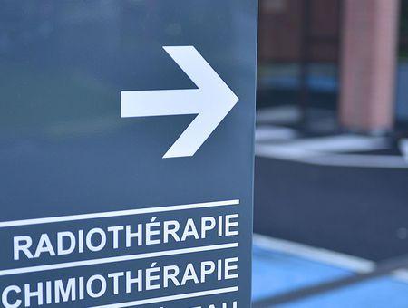 Cancer du sein et désescalade thérapeutique : des traitements moins agressifs mais aussi efficaces