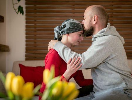 Cancer : comment peut-il impacter la sexualité et comment y remédier ?