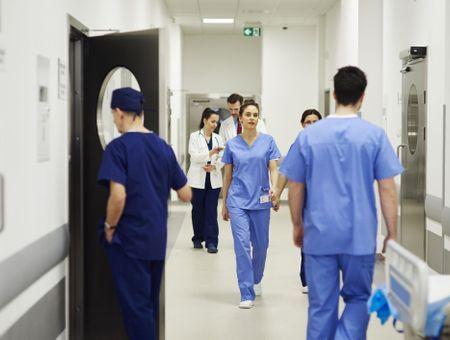 Coronavirus : déclenchement du plan blanc dans tous les hôpitaux de France
