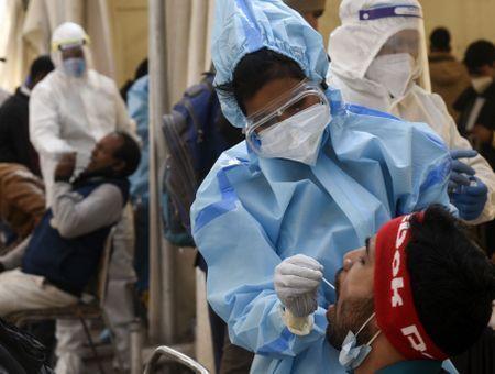 """Coronavirus en Inde : ce qu'il faut savoir sur le """"champignon noir"""" apparue après le Covid-19"""