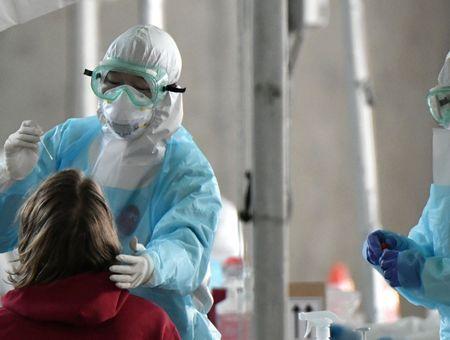 Coronavirus: une étude tchèque montre un faible taux d'immunisation