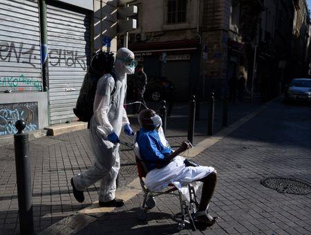 Coronavirus: 1,6 million de Français pourraient avoir été infectés