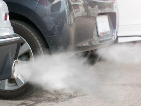 """Covid-19: baisse """"sans précédent"""" des émissions de CO2"""