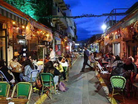 Covid 19 : un quasi-retour à la normale en Israël avec la réouverture des restaurants