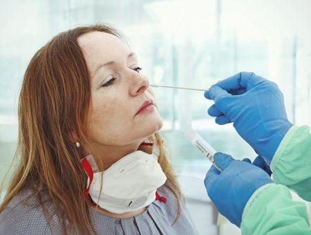 Tests PCR, pagaille des prix et marché noir
