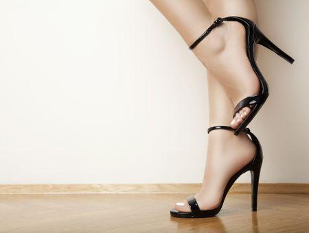 """""""Un fétichiste m'a initiée aux plaisirs des pieds"""""""