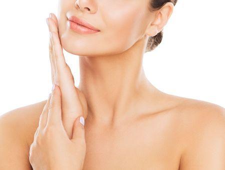 3 exercices pour un bel ovale du visage