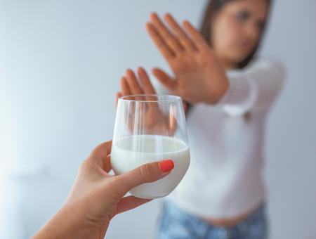Pourquoi certaines personnes sont intolérantes au lactose ?