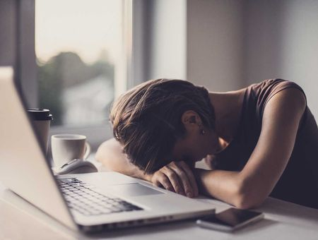 Pourquoi sommes nous fatigués plus tôt ?